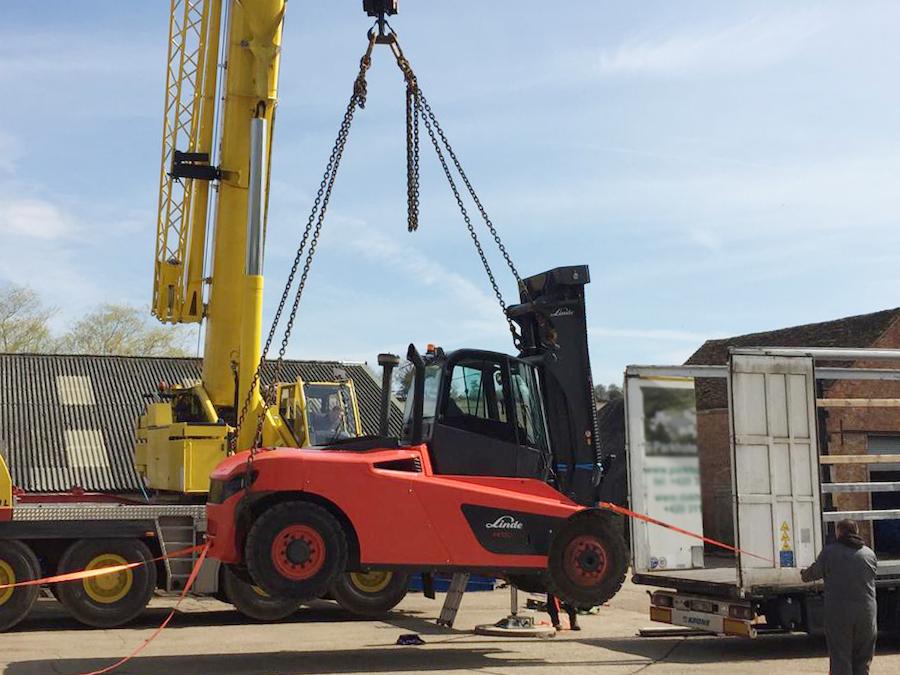 Second-hand Linde H160 Forklift Delivered to Poland